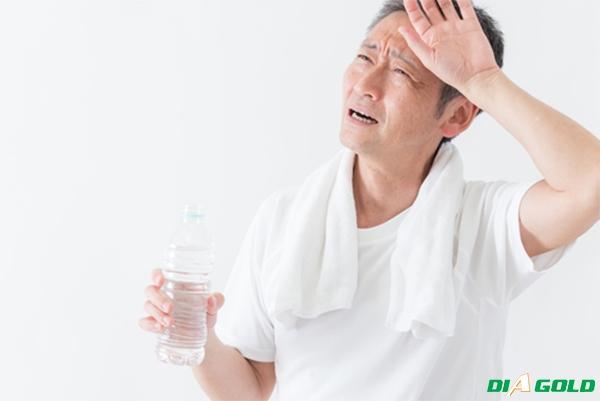 dấu hiệu tiểu đường khát nước