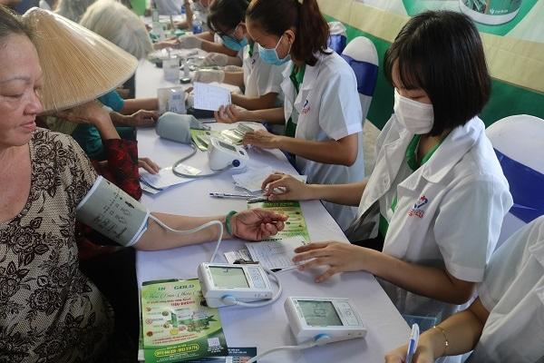 Diagold chăm sóc sức khỏe người cao tuồi quận Bình Tân ảnh 3