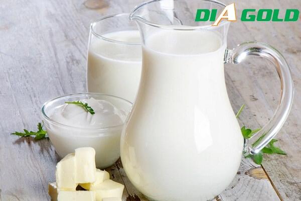 người tiểu đường uống sữa tươi không đường được không
